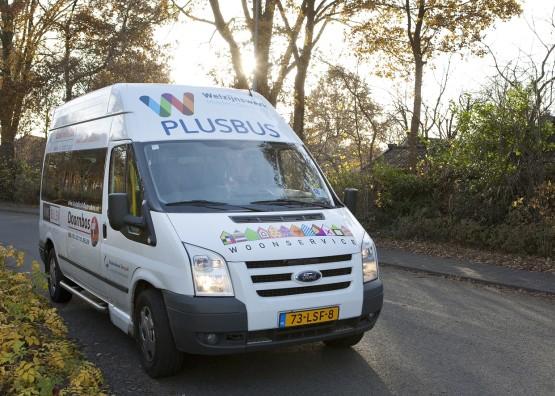 Straatversieringsroute met de Plusbus